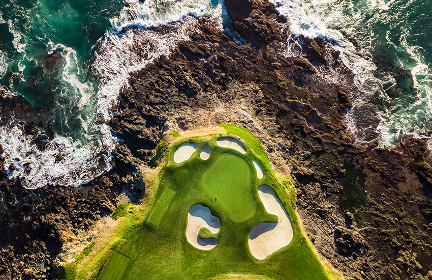 The top scariest golf holes in the world